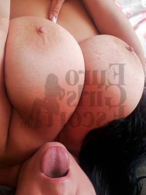Aysha nuru massage and escort