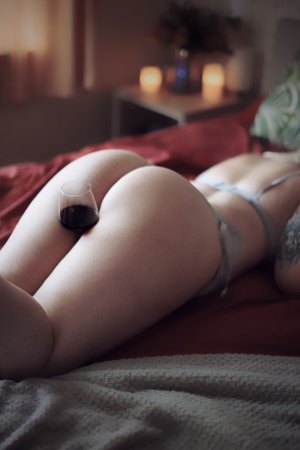 Iluna tantra massage in Superior CO