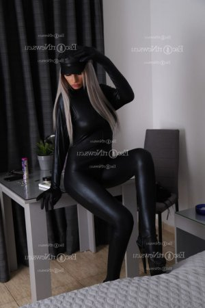 Annouck escort girls and nuru massage
