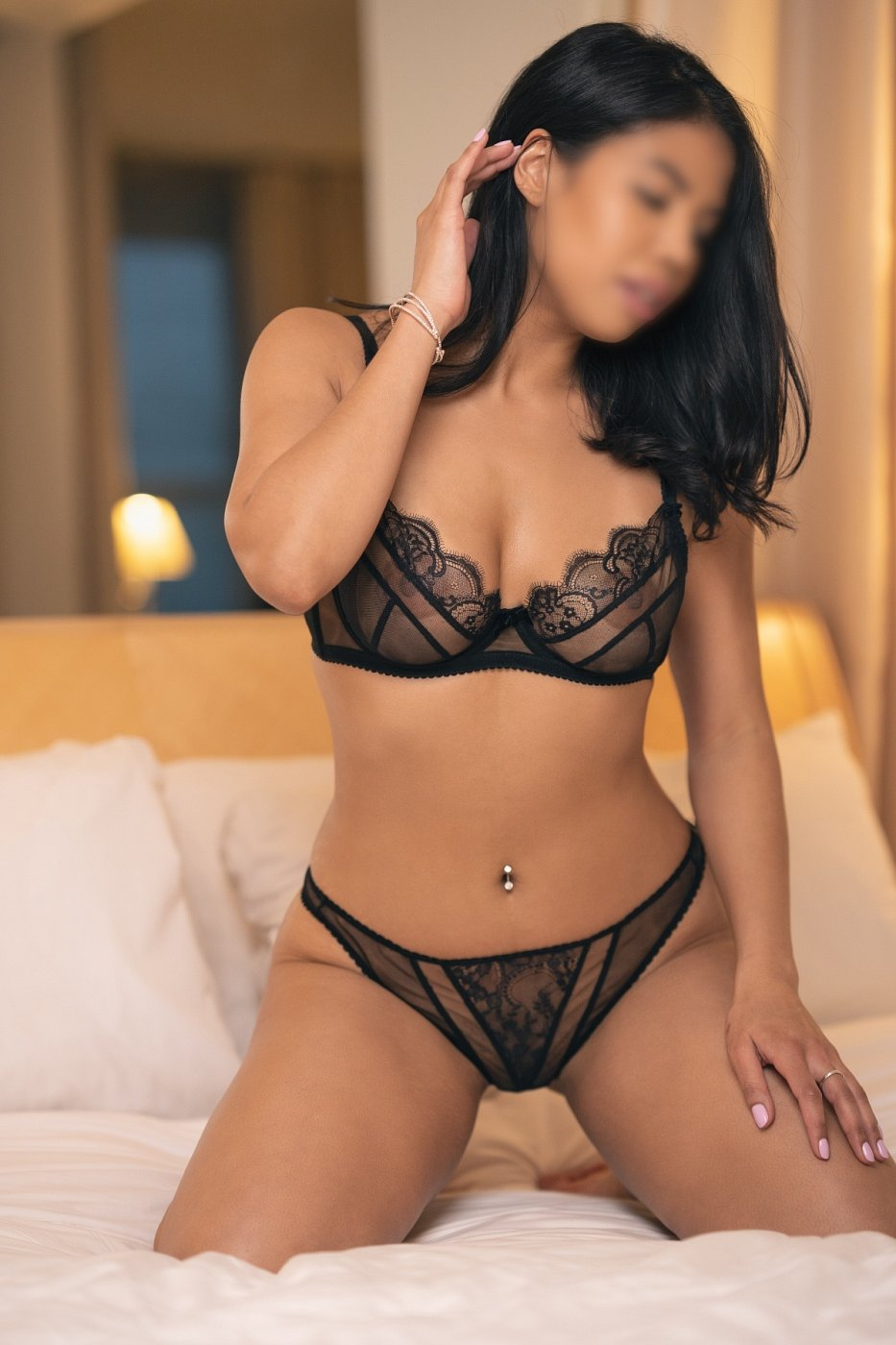 cheap escorts & erotic massage