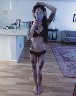 Sanja escort girls in Miami Beach and massage parlor